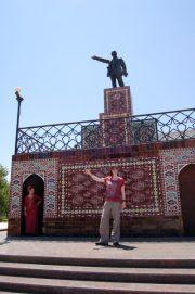 lenin statue ashgabat