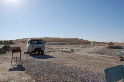 minivan karakum desert